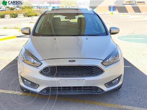 Ford Focus SE Aut usado (2016) color Plata Dorado precio $215,000