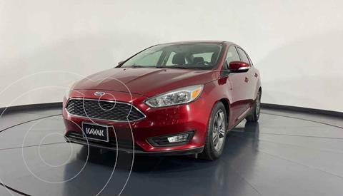 Ford Focus SE Aut usado (2015) color Rojo precio $174,999
