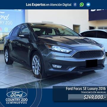 Ford Focus SE Luxury  usado (2016) color Gris precio $249,000
