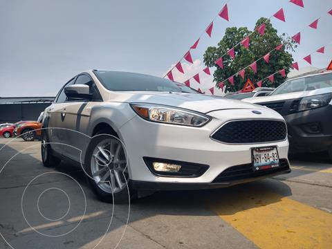 Ford Focus SE Aut usado (2015) color Blanco precio $159,800