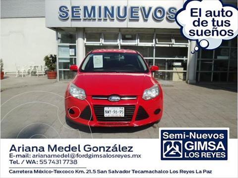 Ford Focus AMBIENTE 4 PTAS TA usado (2014) color Rojo precio $125,000