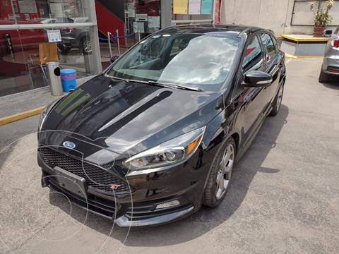 Ford Focus Ambiente usado (2017) color Negro precio $379,000