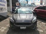 Foto venta Auto usado Ford Focus SE 4-ptas AT color Gris Oxford precio $224,500