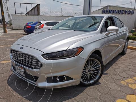 Ford Fusion SE usado (2014) color Plata Estelar precio $200,000