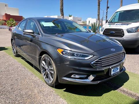 Ford Fusion Titanium usado (2017) color Gris precio $330,000