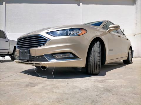 Ford Fusion SE LUX Hibrido usado (2018) color Oro Blanco precio $425,000
