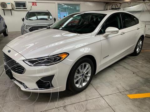 Ford Fusion SE Hibrido usado (2019) color Blanco precio $500,000