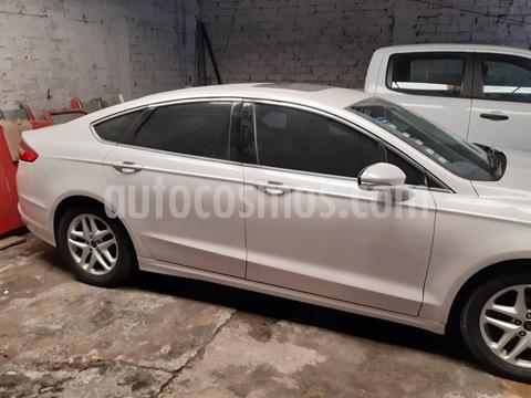 Ford Fusion SE usado (2016) color Blanco Platinado precio $235,000