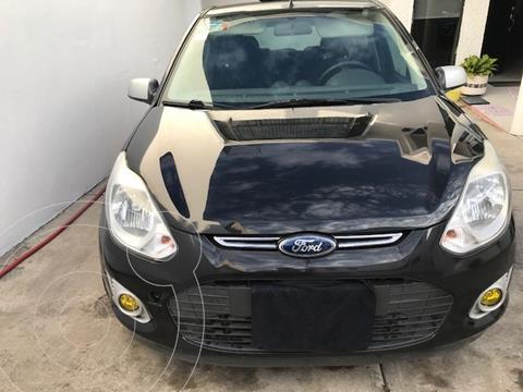 Ford Ikon Trend usado (2013) color Negro precio $89,500