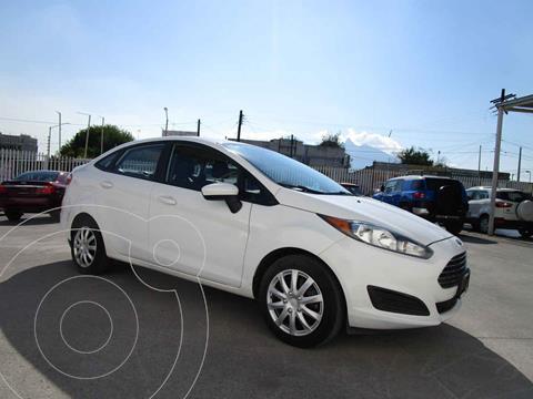 Ford Ikon Ambiente Ac usado (2013) color Blanco precio $99,990