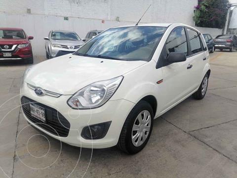 Ford Ikon Ambiente Ac usado (2013) color Blanco precio $105,000