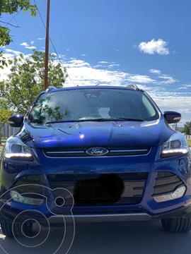 Ford Kuga Titanium 2.0 4x4 usado (2016) color Azul Profundo precio $3.000.000