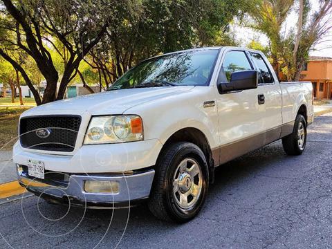 Ford Lobo XLT 4x2 Crew Cabina usado (2004) color Blanco precio $120,000