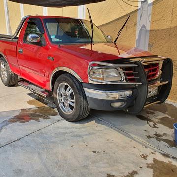 Ford Lobo Cabina Regular XLT 4x2 V8 usado (2009) color Rojo precio $125,000