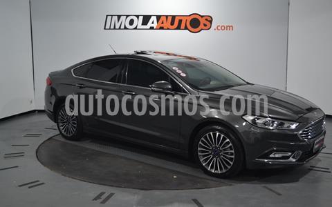 foto Ford Mondeo Titanium 2.0L Aut Ecoboost usado (2017) color Gris Metálico precio $2.990.000