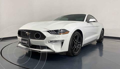 Ford Mustang Coupe 2.3L Aut usado (2019) color Blanco precio $559,999