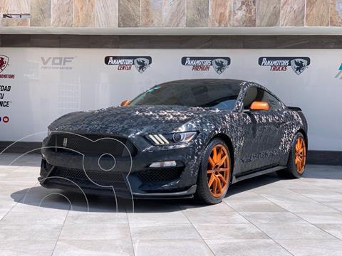 Ford Mustang GT 5.0L V8 usado (2017) color Negro precio $995,000