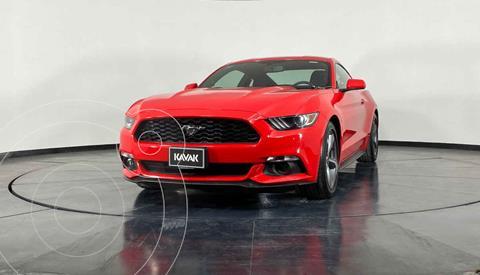Ford Mustang Coupe 3.7L V6 Aut usado (2015) color Rojo precio $424,999