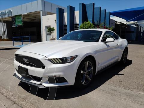 Ford Mustang Coupe 3.7L V6 Aut usado (2017) color Blanco precio $430,000