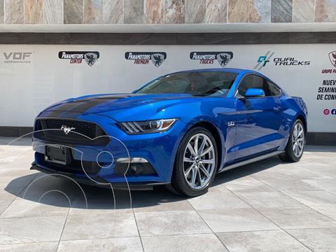 Ford Mustang GT 5.0L V8 usado (2017) color Azul Acero precio $535,000