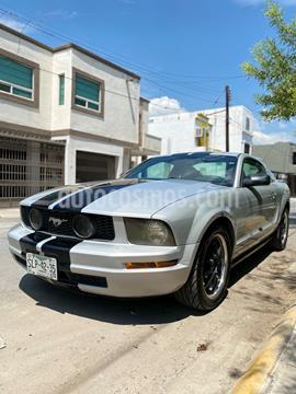 Ford Mustang Coupe 3.7L V6 Aut usado (2008) color Gris precio $130,000