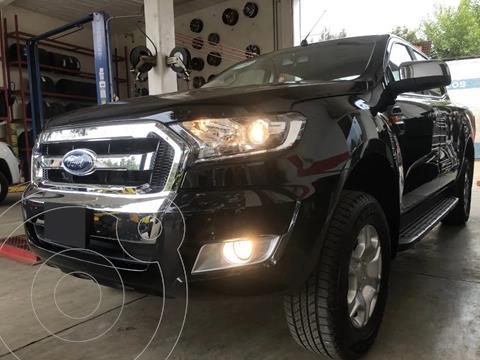 Ford Ranger XLT gasolina 4x2 Cabina Doble usado (2019) color Negro precio $300,000