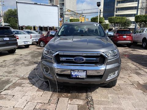 Ford Ranger XLT GAS CREW CAB usado (2017) color Gris precio $365,000