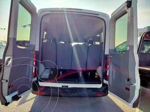 Ford Transit Gasolina Bus 15 Pasajeros usado (2015) color Blanco precio $389,900