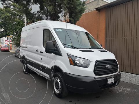 Ford Transit Gasolina Van Mediana usado (2019) color Blanco precio $530,000