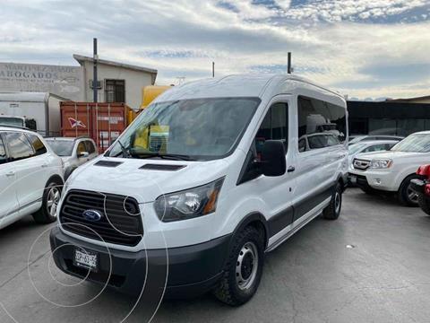 Ford Transit Diesel Pasajeros usado (2015) color Blanco precio $429,800