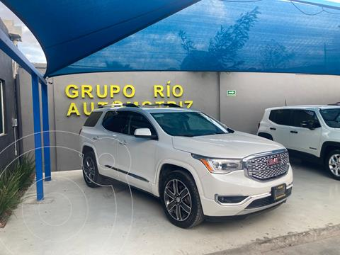 GMC Acadia Denali usado (2018) color Blanco precio $569,000
