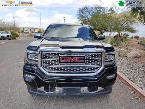 GMC Sierra Crew Cabina SLT 4x4 usado (2018) color Negro precio $819,000