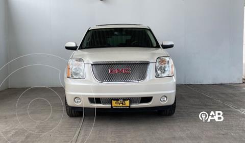 GMC Yukon Denali AWD usado (2014) color Blanco precio $399,000