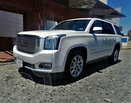 GMC Yukon Denali usado (2015) color Blanco precio $595,000