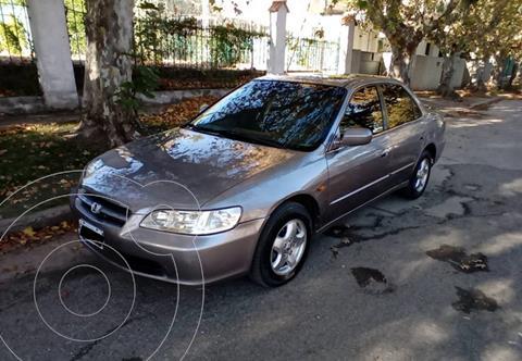 Honda Accord 3.0 EXL V6 usado (2001) color Gris precio $650.000