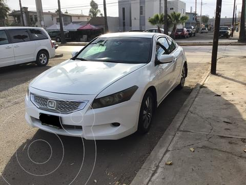 Honda Accord Coupe usado (2010) color Blanco precio $120,000