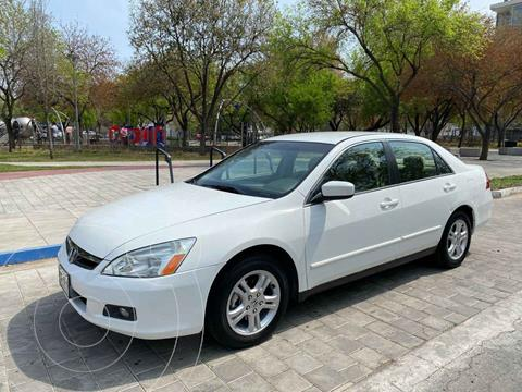 Honda Accord EX 2.4L usado (2007) color Blanco precio $139,900