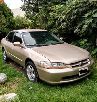 Honda Accord Coupe 3.0L V6  usado (2000) color Champagne precio $55,000