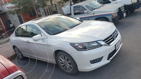 Honda Accord EXL V6 usado (2014) color Blanco precio $215,000