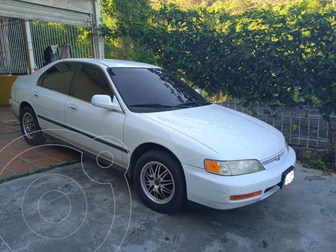 Honda Accord EX 3.0L Aut usado (1997) color Blanco precio u$s3.000