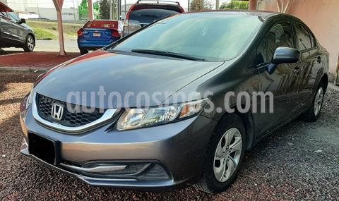 foto Honda Civic LX 1.8L usado (2015) color Acero precio $190,000