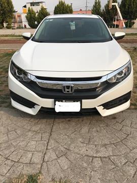 Honda Civic Turbo Aut usado (2016) color Blanco Marfil precio $270,000