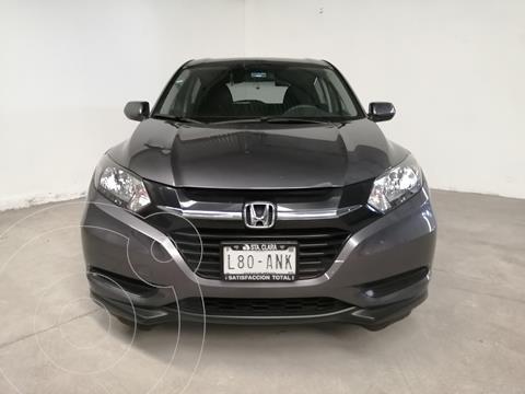 Honda HR-V Uniq Aut usado (2018) color Gris precio $240,000