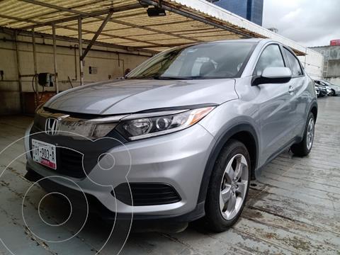 foto Honda HR-V Uniq usado (2020) color Plata Dorado precio $363,000