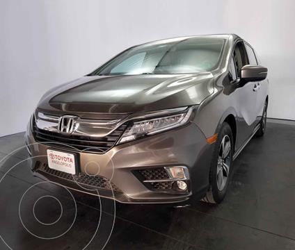 Honda Odyssey Touring usado (2018) color Cafe precio $580,000