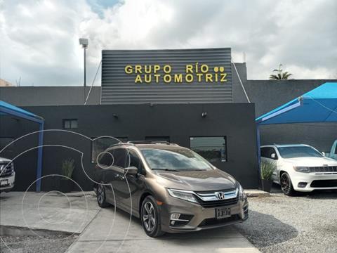 Honda Odyssey Touring usado (2019) color Cafe precio $698,000