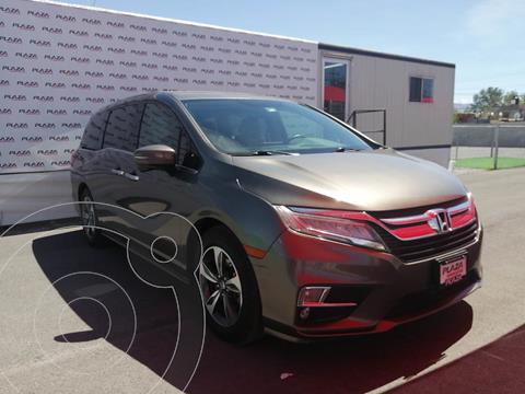 Honda Odyssey Touring usado (2018) color Cafe precio $605,000