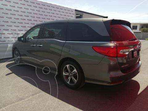 Honda Odyssey Touring usado (2018) color Granito precio $600,000