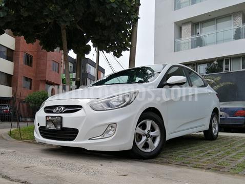 Hyundai Accent Sedan 1.6L GLS Aut usado (2014) color Blanco precio u$s9,600