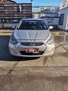 Hyundai Accent 1.4 GL Ac usado (2014) color Plata precio $8.999.000